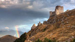 Abruzzo: andar per borghi in cicloescursione